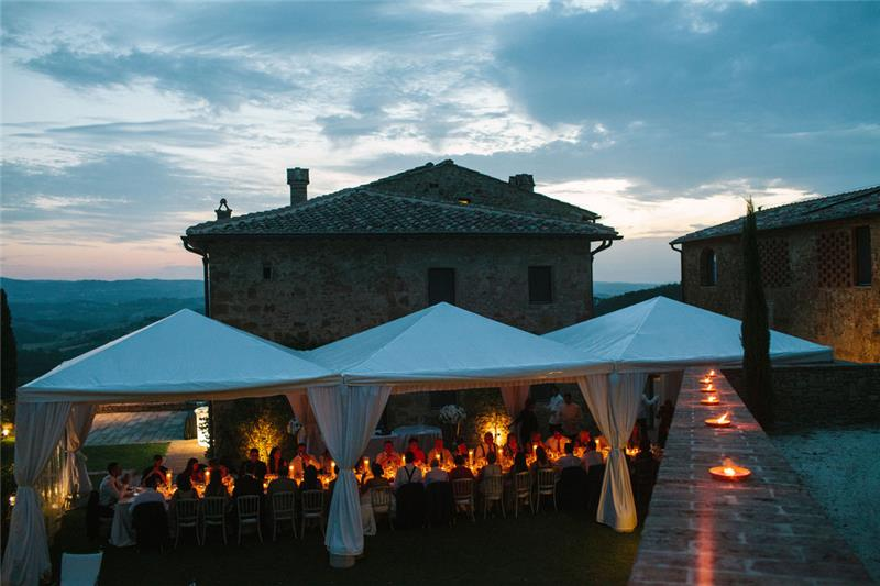 red_wedding_dinner_at_il_santo2.jpg