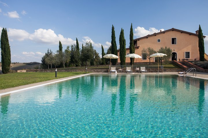 UE_FattoriaSantoStefano_Toscana_Montaione_Pool-720x480-e9900d76-1aa3-4c36-ac61-c558552bc002.jpg