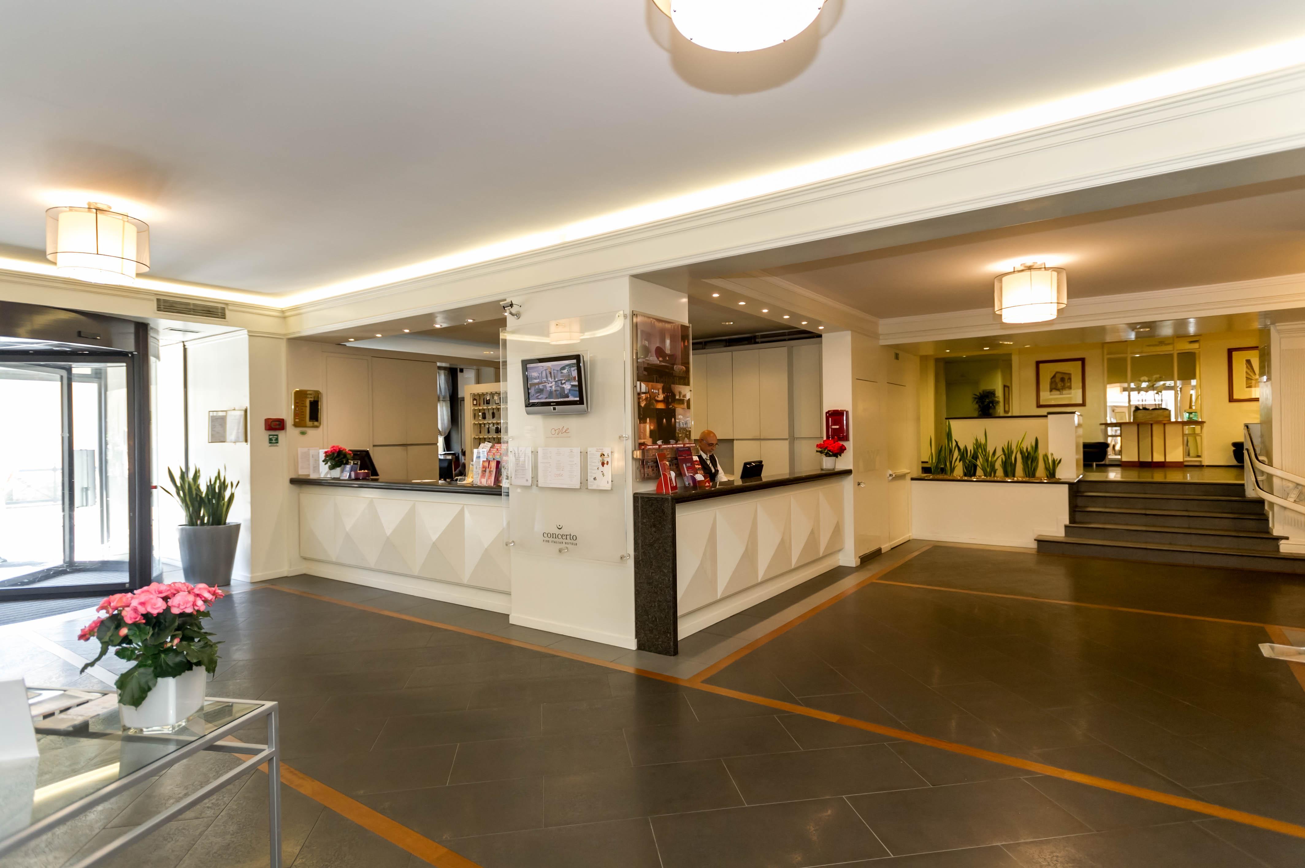 hotel_londra_lobby.jpg